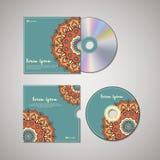 Plantilla CD del diseño de la cubierta con estilo floral de la mandala Fotos de archivo libres de regalías