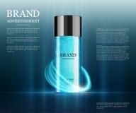 Plantilla cosmética de los anuncios, botella de la esencia Fotos de archivo