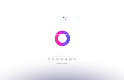 plantilla creativa moderna rosada del icono del logotipo de la letra del alfabeto de o Fotos de archivo libres de regalías