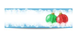 Plantilla de la bandera del Año Nuevo con la bola de la Navidad y el marco de la plata Imágenes de archivo libres de regalías