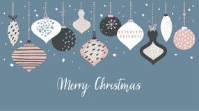 Plantilla de la bandera de la Navidad con las bolas retras de la Navidad en colores en colores pastel