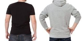 Plantilla de la camiseta y de la camiseta Hombres en camiseta negra y en sudadera con capucha gris Vista posterior trasera Mofa p imagen de archivo