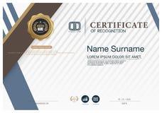 Plantilla de la disposición de la plantilla del diseño del marco del certificado de tamaño A4 Imagen de archivo