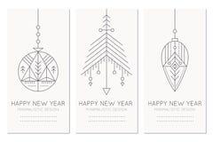 Plantilla de la tarjeta de felicitación de la Feliz Año Nuevo con las decoraciones de la ejecución stock de ilustración