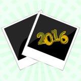 Plantilla de la tarjeta de la Feliz Navidad con el marco de la foto en el fondo abstracto, tarjeta del Año Nuevo 2016 Fotos de archivo