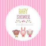 Plantilla de la tarjeta de la invitación de la fiesta de bienvenida al bebé en fondo rosado libre illustration