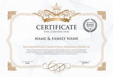 Plantilla del diseño del certificado imágenes de archivo libres de regalías