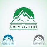 Plantilla del diseño del logotipo del vector del vintage de las montañas, icono verde del turismo Imagen de archivo libre de regalías