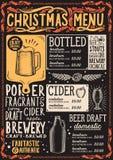 Plantilla del menú de la Navidad para el restaurante de la cerveza en una pizarra libre illustration