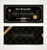 Plantilla del vale de regalo con oro del brillo Fotos de archivo libres de regalías