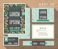 Plantilla determinada del estampado de flores de la invitación en colores pastel linda de la boda stock de ilustración