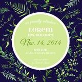 Plantilla floral de la tarjeta de la invitación o de la enhorabuena de la boda con las hojas tropicales Ahorre el marco florecien Fotos de archivo