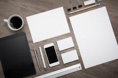 Plantilla vacía del diseño del papel con membrete Imagen de archivo libre de regalías