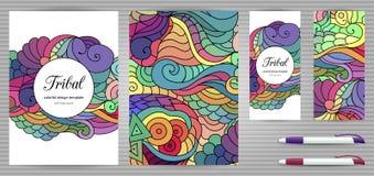 Plantillas de la identidad corporativa y de los efectos de escritorio de los garabatos fijadas Plantilla colorida del diseño del  Imagen de archivo libre de regalías