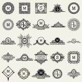 Plantillas del diseño del monograma del vintage Símbolos de los iconos, etiquetas retras, insignias, siluetas stock de ilustración