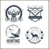 Plantillas del logotipo de la aventura del club o de la caza de caza fijadas stock de ilustración