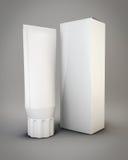 Plantillas que embalan los tubos y el paquete blancos para los cosméticos 3d Imagen de archivo libre de regalías