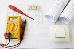 Plany i elektryczni narzędzia Obrazy Royalty Free