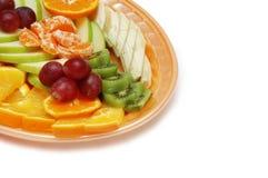 Plaque avec la salade de fruits Images stock