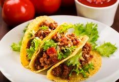 Plaque avec le taco photo stock