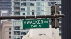 Plaque de rue d'entraînement de Wacker Chicago images libres de droits