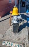 Plaque de rue de Decatur sur la route, la Nouvelle-Orléans Images stock