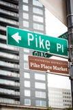 Plaque de rue du marché de place de Pike au marché Images libres de droits