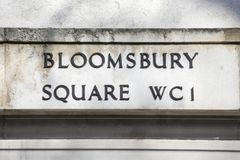 Plaque de rue de place de Bloomsbury à Londres Image stock