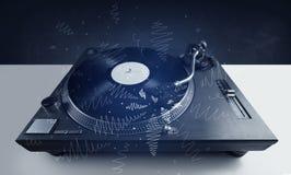 Plaque tournante jouant la musique avec les lignes croisées tirées par la main Photos libres de droits