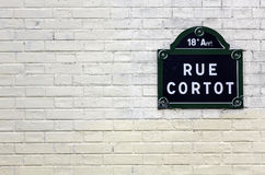 Plaque traditionnelle de Paris avec le nom de la rue Photo libre de droits