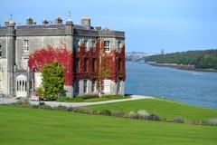 Plas Newydd议院和庭院 库存照片