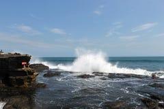Plaskande vatten för havvågor Royaltyfria Bilder
