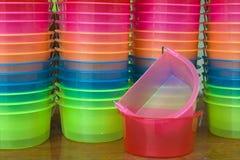 Plast- behållare Arkivfoton