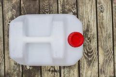 Plast- bensindunk arkivfoto