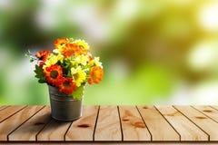 Plast- blomma Arkivfoto