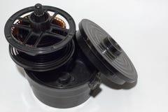 Plast- framkallningsbehållare för 35mm film royaltyfri fotografi