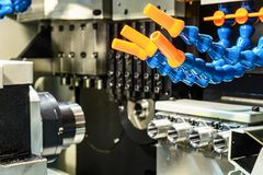 Plast- rör för levererande kylmedel till det bitande hjälpmedlet Royaltyfria Foton
