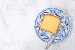 Plasterek masło tort zdjęcia stock