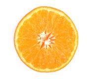 Plasterek pomarańczowy tangerne lub mandarynka odizolowywający na białym tle obraz stock