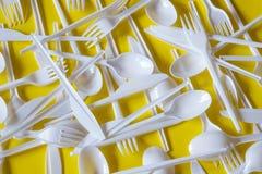 Plastic beschikbaar bestek stock afbeeldingen