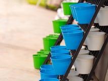 Plastic bloempot Geschikt in lagen Royalty-vrije Stock Afbeeldingen