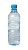 Plastic flaska med vatten. Arkivbild