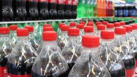 Plastic flessen in winkel Stock Afbeelding