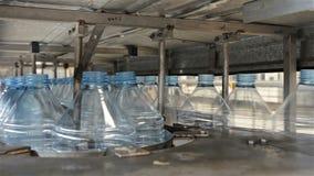 Plastic flessenproductie stock videobeelden
