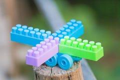 Plastic geïsoleerde bouwstenen royalty-vrije stock afbeeldingen
