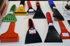 Plastic ijsschrapers Stock Foto's