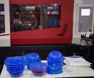 Plastic injectie het vormen persmachine stock foto