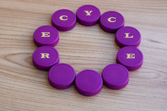 Plastic kappen voor recycling - achtergrond stock foto