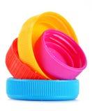 Plastic kroonkurken op wit Royalty-vrije Stock Fotografie