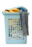 Plastic mand met kleren royalty-vrije stock foto's